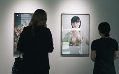 """""""제 사진은 어그러져 있어요, 강인한 여성을 보여주고 싶어요"""""""