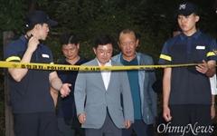 [오마이포토] 정두언 전 의원 숨진 현장 찾은 김용태 의원