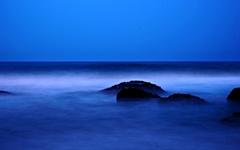 속초 밤바다엔 그리움이 있다