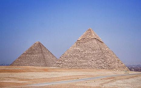 직접 본 이집트 피라미드, 경이로움보다 끔찍