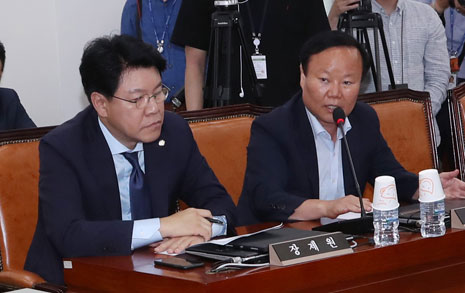 """""""모든 일정 중단"""" 으름장 김재원, '제1소위원장'이 뭐길래"""
