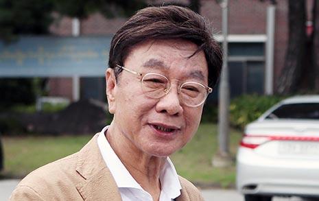 '엄마 찬스' 논란 일으킨 최성해는 '아빠 찬스' 총장?