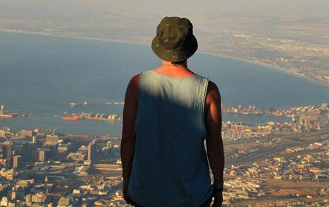 걷기 한 달 전, 나는 쿠바 감옥에 있었다