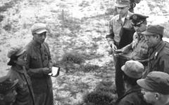 전쟁 발발 1년 후... 정전회담 위해 만난 유엔군-공산군