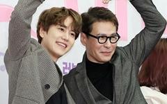 [오마이포토] '노래에 반하다' 규현-윤상, 사랑에 반하다!