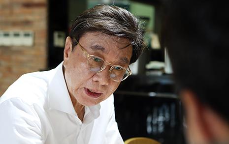 선거캠프에 직원 불법파견... 최성해, '정치자금법 위반' 의혹