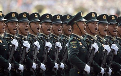 지뢰 묻혔는데 직진 명령? 중국인 병사는 이렇게 한다