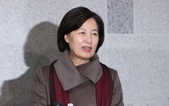 추미애·윤석열 최후의 승자는... 울림없는 한국당 쇄신 왜?