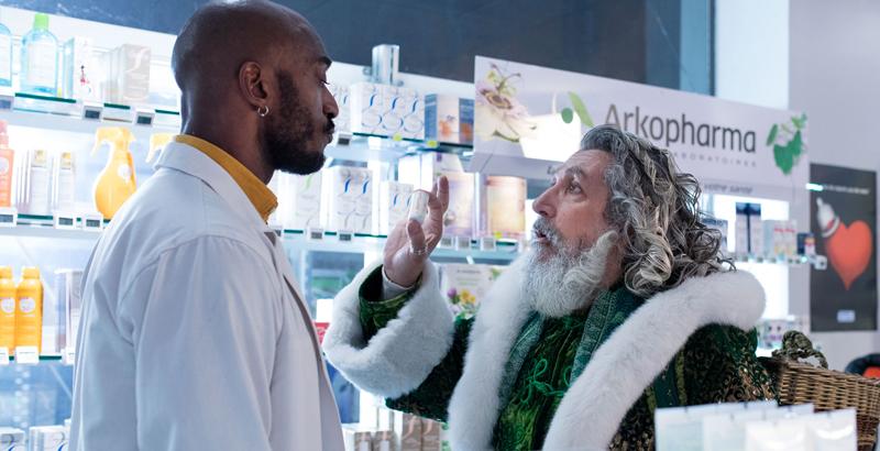 초록색 옷 입고 나타난 산타의 한마디, 흥미로운데?