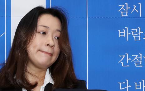 """""""정치, 국민이 해야겠다""""던 '태호 엄마', 민주당 12번째 영입인사"""