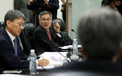 """최강욱 """"검찰, 기소권 남용한 쿠데타… 윤석열 등 고발할 것"""""""