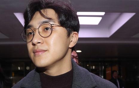 """데이트 성폭력 의혹 원종건 """"민주당 영입인재 자격 자진반납"""""""