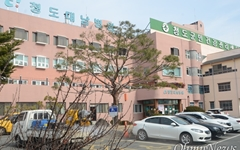 코로나19 확진환자 142명 늘어... 대남병원에서 92명