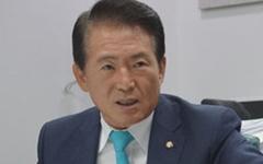 """김한표 의원 불출마 선언 """"보수 승리에 힘 보태겠다"""""""