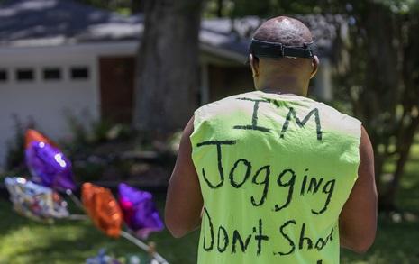 조깅하다 총맞은 흑인, 가해자 백인 부자 편드는 기독교인들