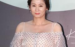 [오마이포토] '백상' 김선영, 명배우의 미소