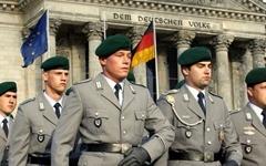 군 극우세력 때문에 징병제 부활 논의중인 독일
