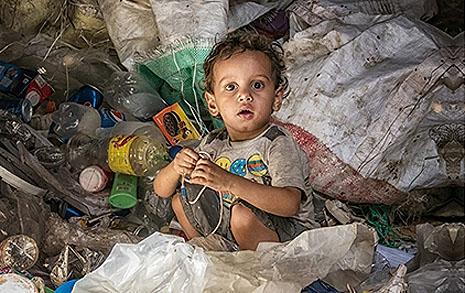 '쓰레기책'은 누구를 위해 존재하는가