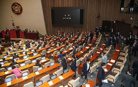 통합당 속수무책... 민주당·문 대통령 '부동산 위기' 벗어날까?