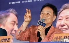 [오마이포토] '늙은 부부이야기: 스테이지 무비' 김명곤, 열정의 명배우