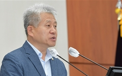 """강릉시의회 '정책브리핑' 반쪽 진행... 민주당 의원들 """"안 가!"""""""