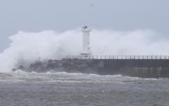 태풍 '바비' 서귀포 남서쪽 해상서 북상… 제주·전남 태풍특보