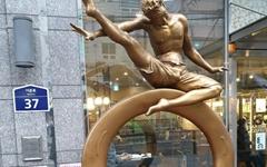 코로나 시기, 동상으로 본 삶의 전환
