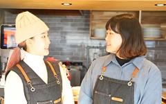 우애좋은 자매가 함께 꾸려가는 소문난 브런치 카페