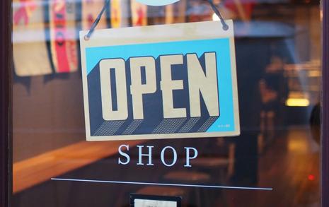 '신장개업' 하는 가게들, 어쩐지 기쁘지가 않습니다