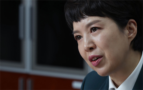 """초선 김은혜의 경고 """"국민의힘, 한방에 훅 갈 수도"""""""
