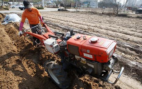 농민 과학자는 봄이 와도 밭을 갈지 않는다