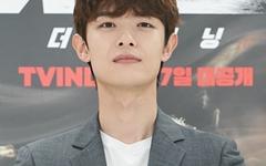 [오마이포토] '샤크 : 더 비기닝' 정원창, 튀기는 불꽃