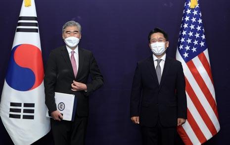 성 김, 북한에 '대화' 촉구했지만... 전향적 제안은 없어