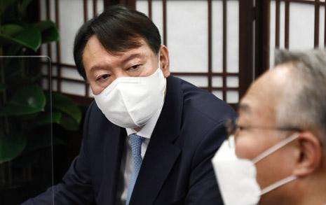 윤석열 전 총장님, 너무 게으른 상황 인식 아닙니까