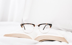 독서는 안 하지만 아내 글은 읽습니다