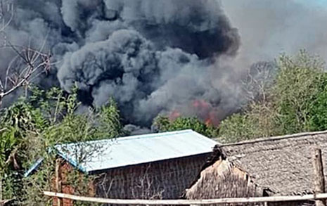 머리에 총탄, 온몸 칼자국... 미얀마 그곳에선 시체가 쌓여간다