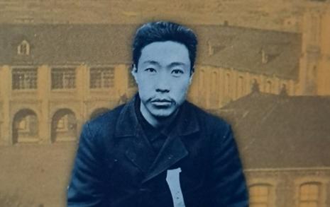 """""""죽어서 천년 가리""""... '큰 손 펼친 젊은이' 안중근"""