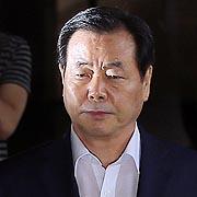 심사기일 전날 밤, 갑자기 대포폰 꺼진 조현룡 의원