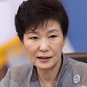박근혜-<조선>-정윤회 참 묘한 이들의 삼각관계