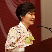 """""""박 대통령, 한국 얼굴에 먹칠  UN 연설할 자격 있는지 의문"""""""