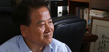 """""""'야권분열'로 패배는 허구 힘 없는 사람 위한 정치 계속"""""""