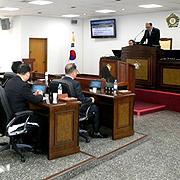 '무상급식 지원 의무 조례' 경남 기초의회 첫 통과