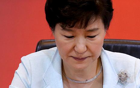 박근혜 정부의 변심 항간의 '음모론' 웃프다