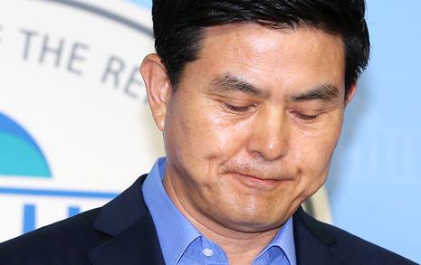 """김태호 '불출마'에 새정치 """"우린 지고있다"""""""