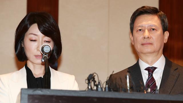 신동주 아내와 반격 기자회견