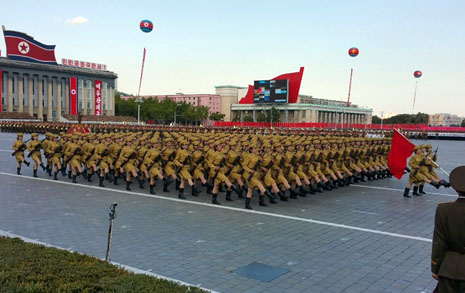 북한 열병식 눈앞에서 직접 봤습니다