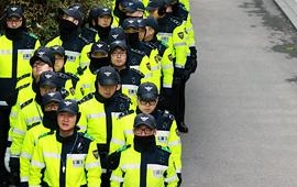 이성 상실한 공안탄압 경찰의 법당 난입, 안 된다