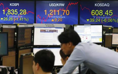 이 상황에서 꼭 그랬어야 했나... 개성공단 파문, 한국 경제 덮치다