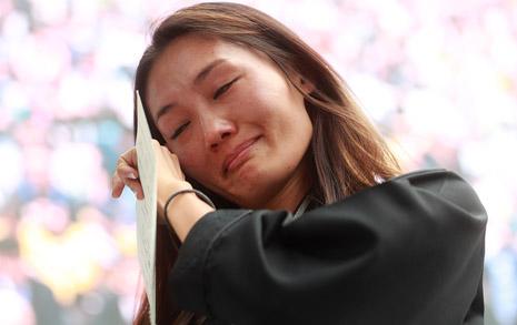 """""""아버지 가는 길 외롭지 않아...""""  경찰도 못 막은 백남기 추모행렬"""
