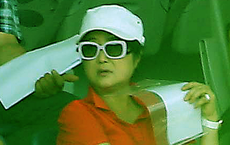 박 대통령은 왜 최태민  가족 곁을 떠나지 못하나